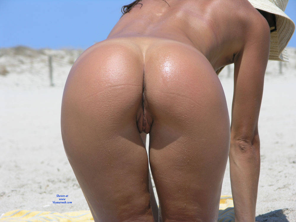 Pic #7 Saw This Girl On The Beach - Nude Girls, Outdoors, Firm Ass, Beach Voyeur