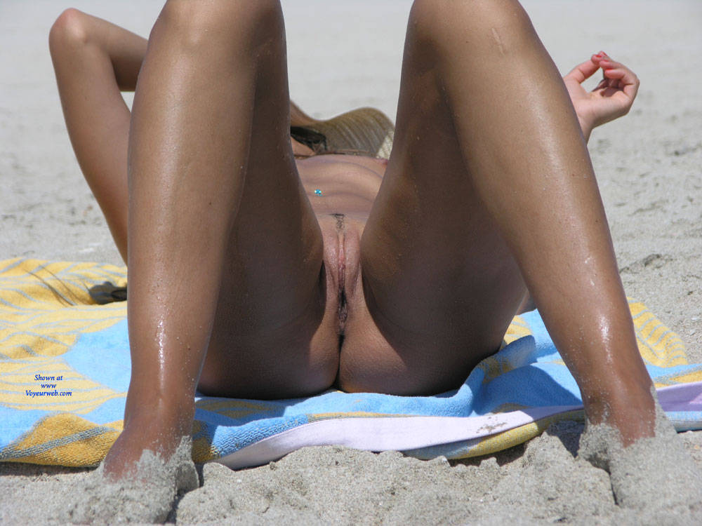 Pic #8 Saw This Girl On The Beach - Nude Girls, Outdoors, Firm Ass, Beach Voyeur