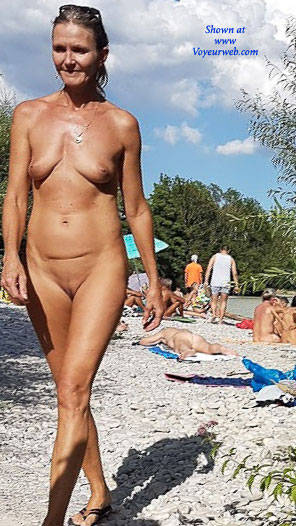 Pic #1 Here And There (Part 2)  - Nude Girls, Outdoors, Beach Voyeur