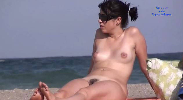 Pic #6 Here And There (Part 2)  - Nude Girls, Outdoors, Beach Voyeur