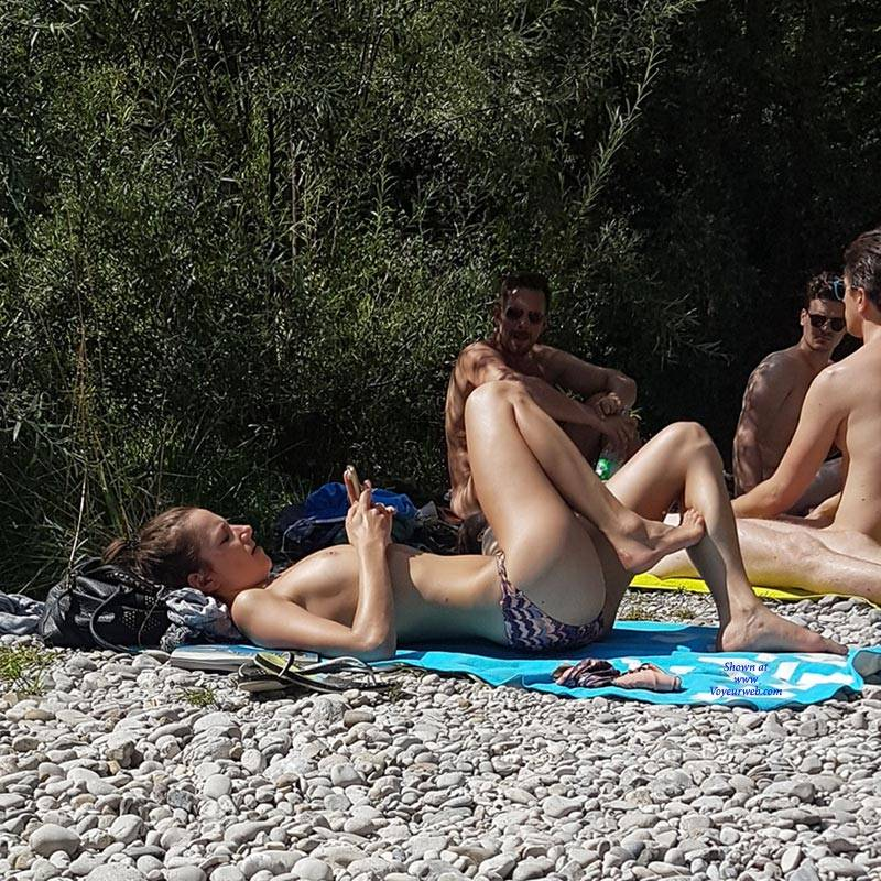 Pic #9 Here And There (Part 2)  - Nude Girls, Outdoors, Beach Voyeur