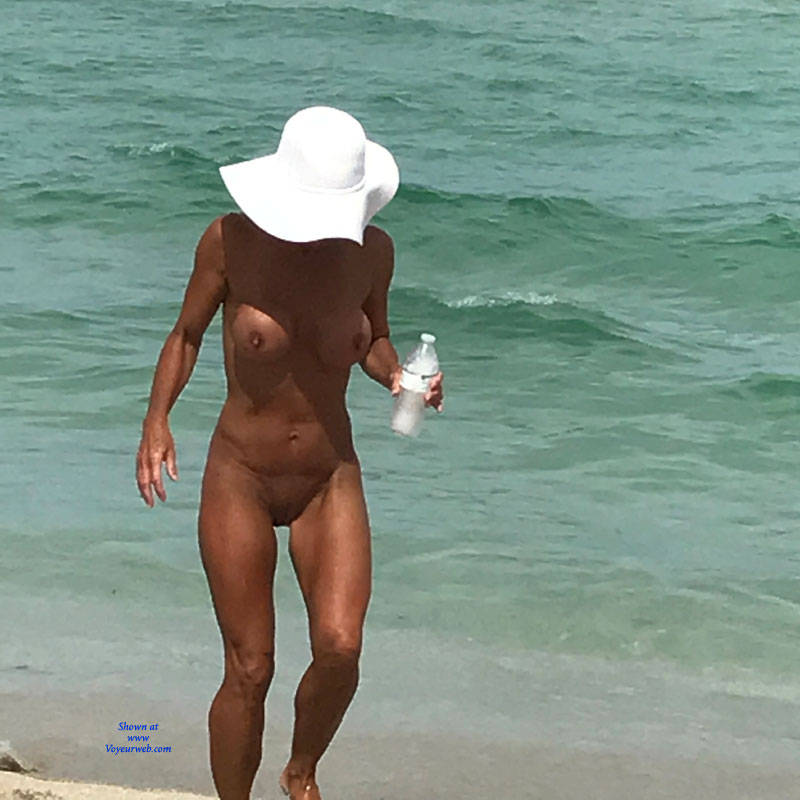 Pic #2 Beach Today - Nude Girls, Big Tits, Outdoors, Shaved, Beach Voyeur