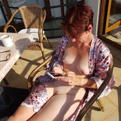 Emma's Back From Europe - Nude Girls, Outdoors, Bush Or Hairy, Amateur