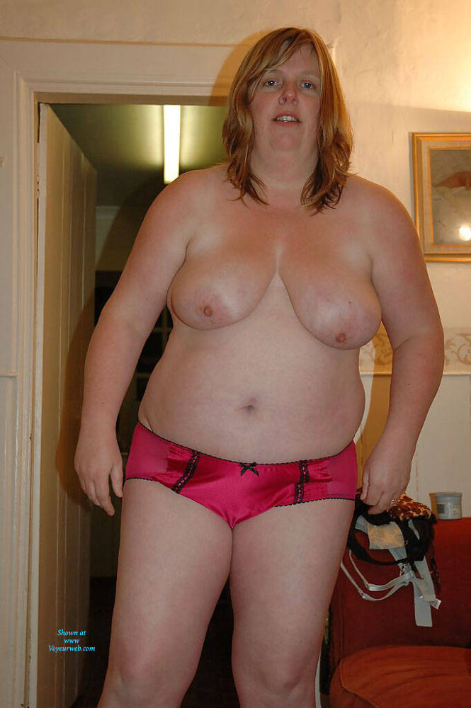 Pic #3 Fiona Loves To Pose - Nude Amateurs, Bbw, Big Tits