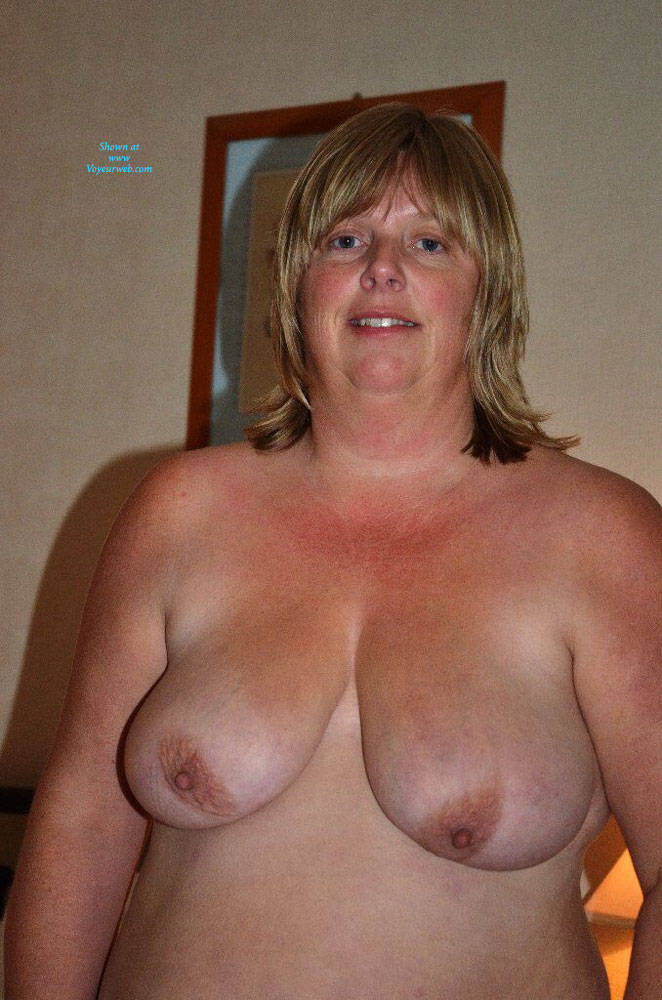 Pic #9 Fiona Loves To Pose - Nude Amateurs, Bbw, Big Tits