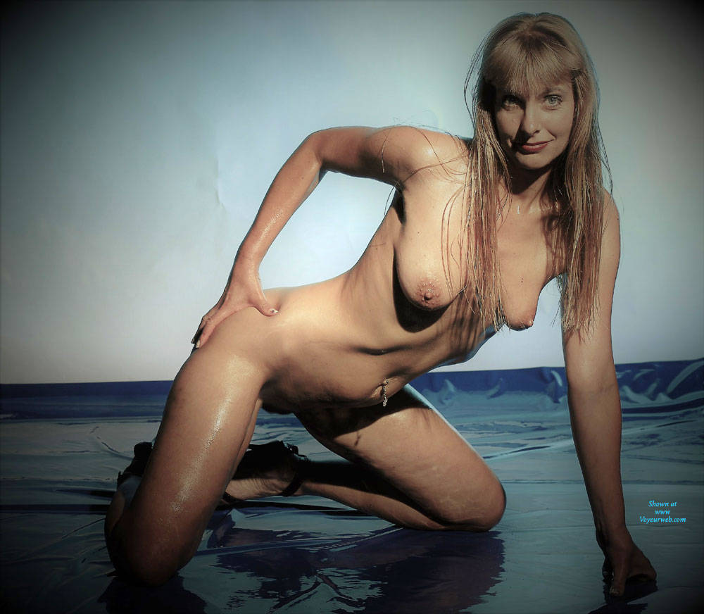 Pic #9 Emma And The Bouy - Nude Girls, Big Tits