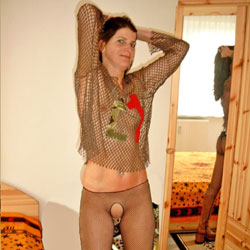 Ane P. - Bedroom Shot IIII - Brunette, See Through, Amateur