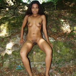 Mary Gets Bold - Nude Girls, Big Tits, Brunette, Outdoors, Nature