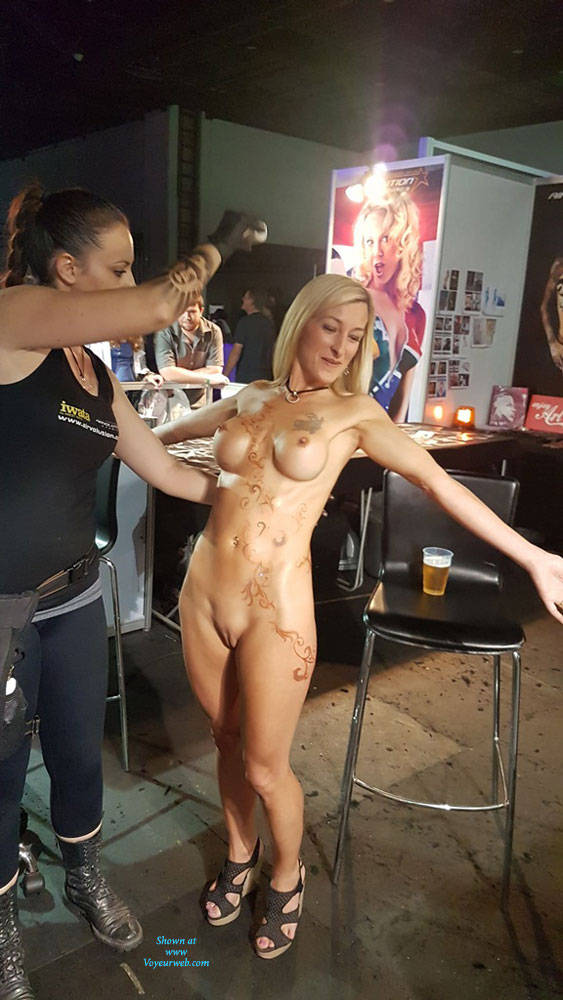 Pic #3 Sexpo JHB 2017 - Nude Girls, Blonde, Public Exhibitionist, Flashing, Public Place, Shaved