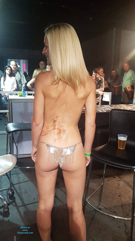 Pic #7 Sexpo JHB 2017 - Nude Girls, Blonde, Public Exhibitionist, Flashing, Public Place, Shaved