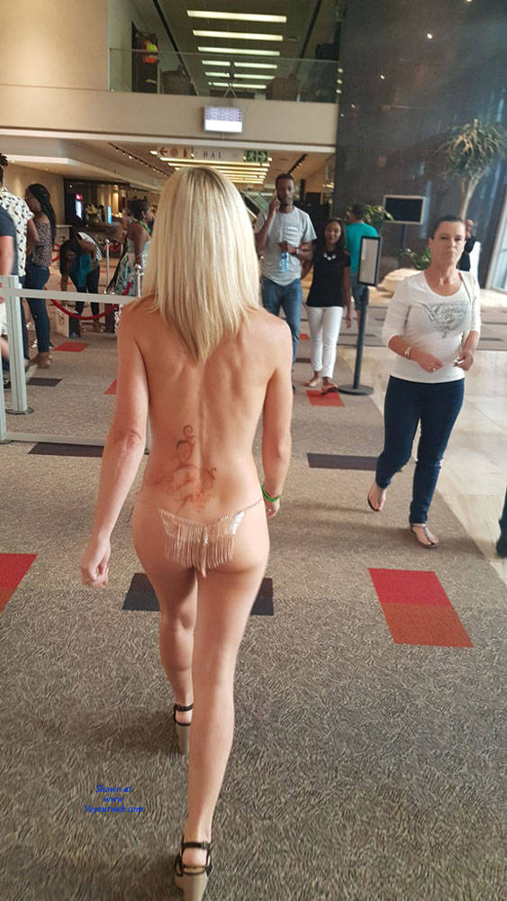 Pic #9 Sexpo JHB 2017 - Nude Girls, Blonde, Public Exhibitionist, Flashing, Public Place, Shaved
