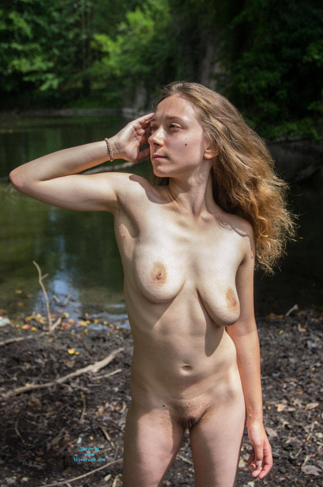 Pic #5 Emma Strolling Through The Fortress - Nude Girls, Big Tits, Public Exhibitionist, Flashing, Outdoors, Public Place, Bush Or Hairy, Amateur