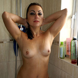 Anna (39) In The Shower - Brunette Hair, Hairy Bush, Naked Girl, Amateur