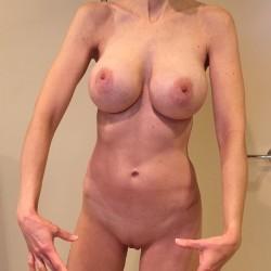 My medium tits - MILForU