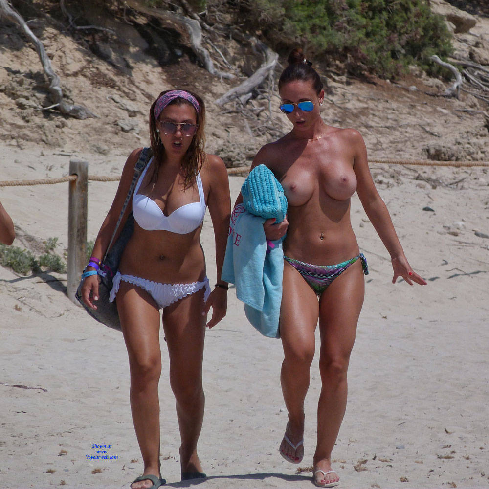 Sexy Topless Girls On The Beach