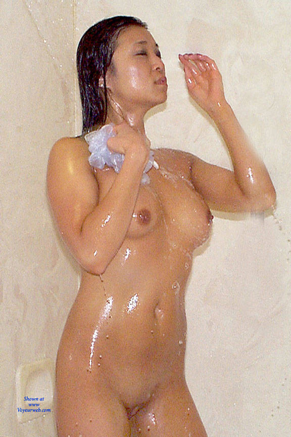 Theme, sexy ladies wet and nude
