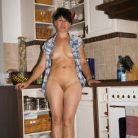 Smiling in My Kitchen - Brunette, Wife/Wives