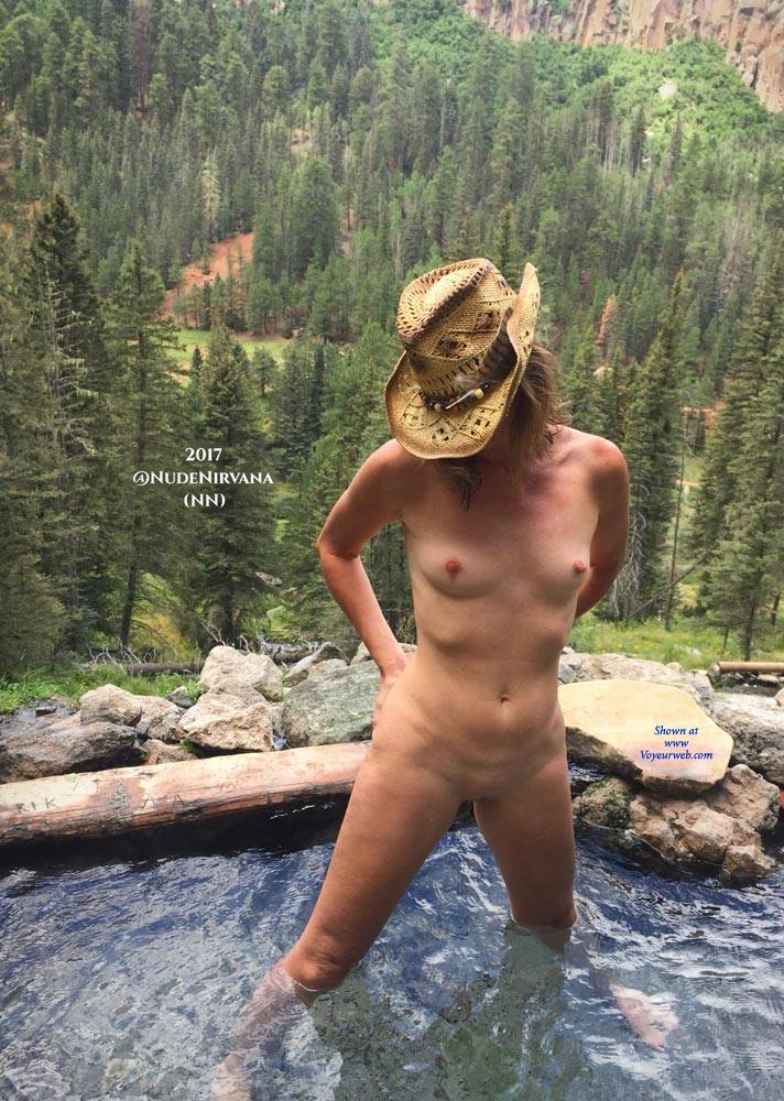 nudist hot springs women
