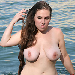 Lake Travis Wading - Big Tits, Brunette Hair, Hairy Bush, Beach Voyeur, Naked Girl