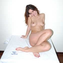 A Little Homemade Shooting - Naked Girl, Amateur
