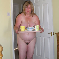 Fiona At Home - Nude Amateurs, BBW, Big Tits