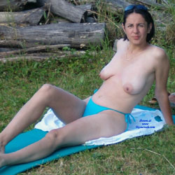 Romanian Topless Busty Neighbor Mom - Topless Friends, Big Tits, Brunette, Outdoors