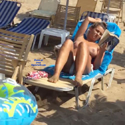 Busty Topless Girl On Greek Beach - Topless Girls, Outdoors, Beach Voyeur