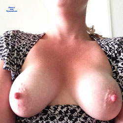 Kitchen Titties  - Big Tits, Amateur