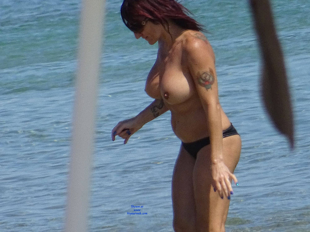 Pic #3 Topless Beach la Commenda Puglia Italy - Topless Girls, Big Tits, Brunette, Outdoors, Tattoos, Beach Voyeur