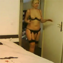 O Oui J Aime Etre Defoncee - Blonde, Lingerie, Amateur