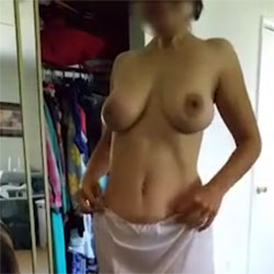 Slip Off - Big Tits, Brunette, Amateur