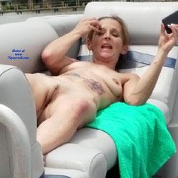 Spontanious Night - Nude Wives, Amateur
