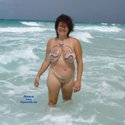 Florida Fun - Nude Amateurs, Beach, Big Tits, Brunette, Outdoors, Tattoos