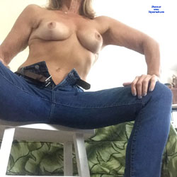 Casual Dress Day - Topless Girls, Big Tits, Amateur
