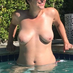 My medium tits - Angie B.