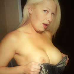 Hot Wife - Wives In Lingerie, Big Tits, Blonde, Amateur