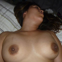 Sexy Wife - Topless Wives, Big Tits, Brunette, Amateur