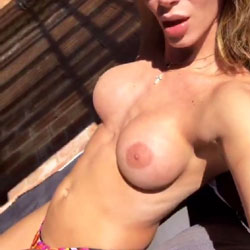 Tettas Pa La Banda - Topless Girls, Big Tits, Outdoors, Amateur