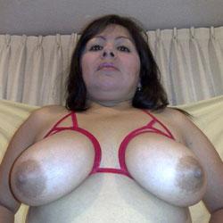 Sexy - Big Tits, Brunette, Amateur