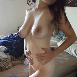 Big Titties - Nude Amateurs, Big Tits, Natural Tits