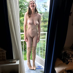 Back On The Balcony - Nude Amateurs, Big Tits, Brunette, Outdoors, Shaved