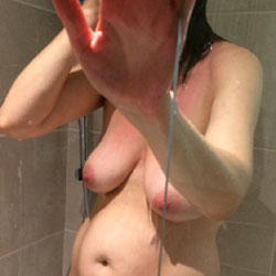 More - Nude Wives, Amateur