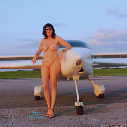 High Flyer - Nude Girls, Big Tits, Brunette, High Heels Amateurs, Outdoors, Amateur