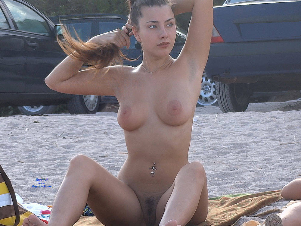 Pic #2 Hairy Brunette 2 - Nude Girls, Big Tits, Brunette, Outdoors, Bush Or Hairy, Beach Voyeur