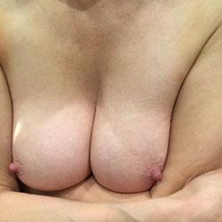 Endlich Wieder - Nude Amateurs, Big Tits