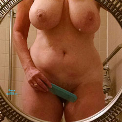 Shower - Nude Amateurs, Big Tits