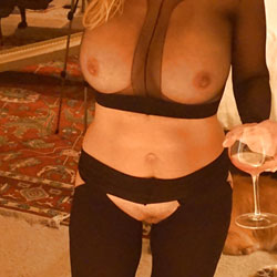 More Pantyhose Shots - Wives In Lingerie, Big Tits, See Through, Amateur