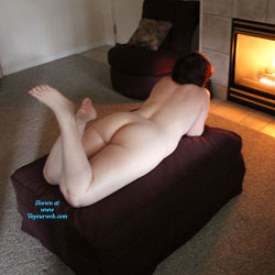 A Mind At Rest - Nude Amateurs, Brunette