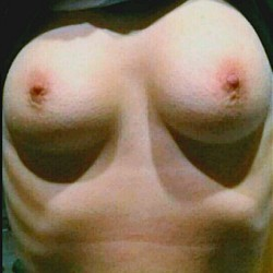Medium tits of my girlfriend - Tracy