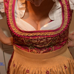 Oktoberfest 2017 - Lingerie, Bush Or Hairy, Amateur